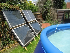 solar heating swimming pools